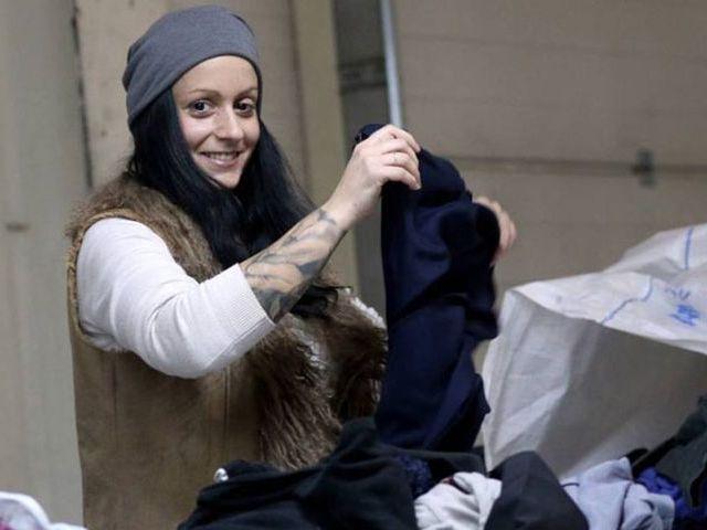konténeres gyűjtés, angol ruha nagyker